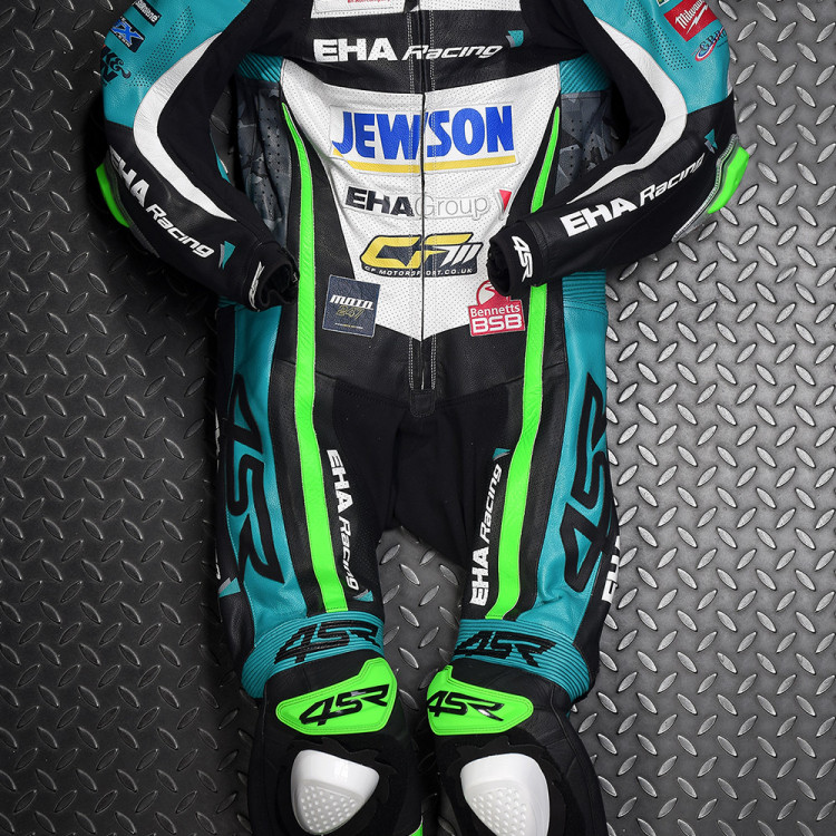 4SR racing leathers EHA Racing David Allingham 1