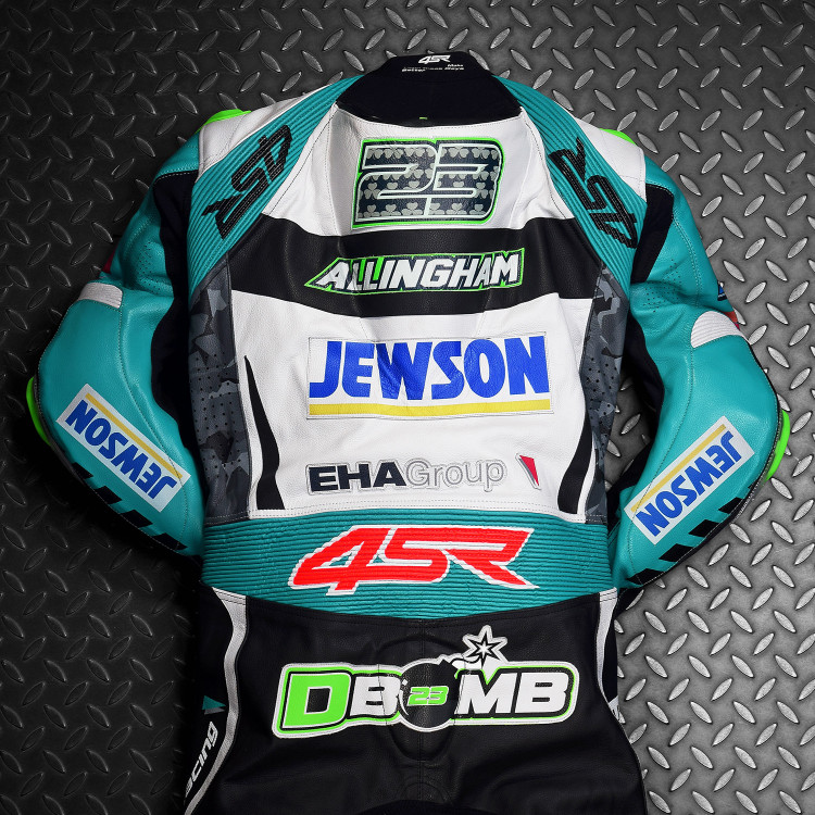4SR racing leathers EHA Racing David Allingham 2